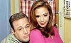 Kevin James (Doug Heffernan), Leah Remini (Carrie Heffernan) i tv-serien Kongen av Queens.