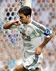 Raúl er ganske sikkert å se på Mestalla stadion lørdag 15. november.
