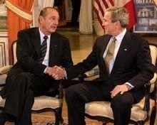 President George W. Bush og president Jacques Chirac møttes i Brüssel mandag.