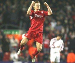John Arne Riise og Liverpool vant søndag 2-1 over byrival Everton.