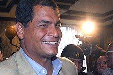 Rafael Correa ble sverget inn som ny president i Ecuador mandag (Arkivbilde).