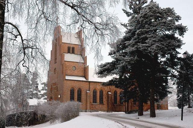 Nå kan vi i en revidert utgave lese om alle kirkene våre og deres historier. Den eldste er Nordstrand som opprinnelig het Østre Aker kapell og senere Sæter kapell.
