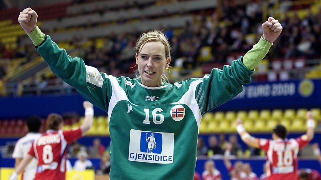Handball Viborg Lunde Haraldsen Klar For Mesterliga Semi