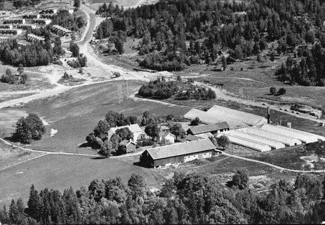 Luftfoto av Skullerud gård. Bilde er utlånt av Tom Schibbye.