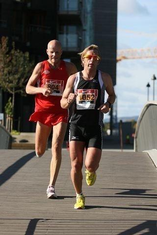 Mange løpere, blant annet Vidars Runar Gilberg (t.v.) stilte i Oslo Maraton i fjor, men i år er arrangementet betraktelig større. ARKIVFOTO