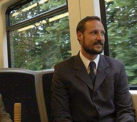 Kronprins Haakon kommer til operaen på søndag. ARKIVFOTO