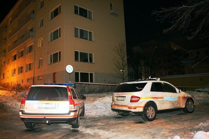 Store politistyrker er satt inn i drapsetterforskningen på Torshov.
