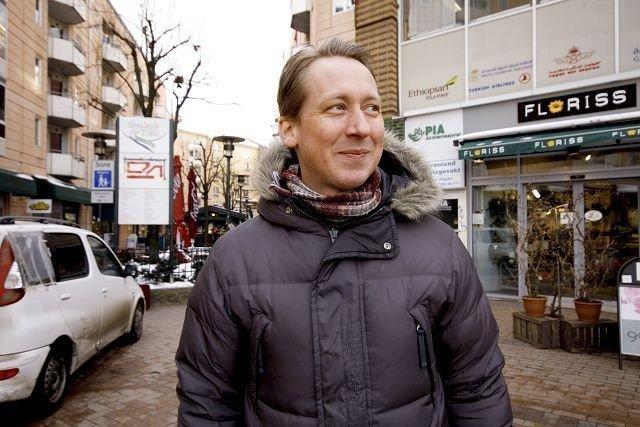 Leder av bydelsutvalget, Hans Christian Lillehagen (Ap) tar avsløringene om det såkalte «moralpolitiet» på Grønland på alvor. Nå vil han ha rasismefri sone i bydelen.