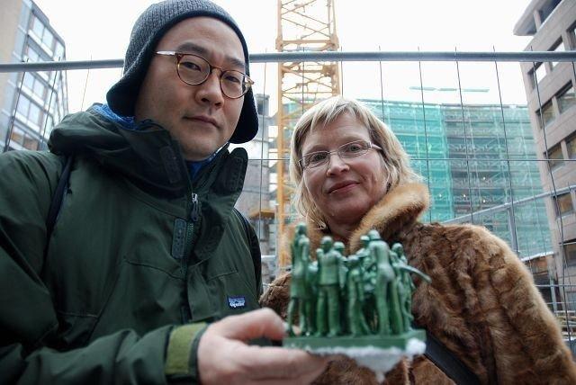 Kunstner Do Ho Suh og juryens leder Hilde Skjeggestad. Alle foto Anne Marie Huck Quaye