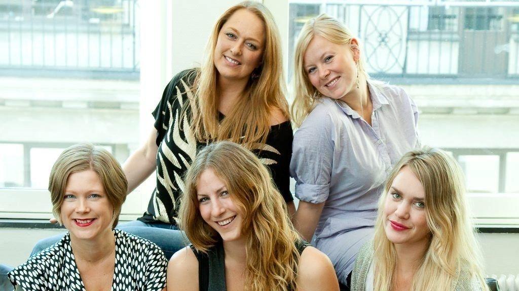 Fra v Lisbeth Skøelv, Karoline Sandborg, Heidi Sinding-Larsen, Helene Guldahl og Karoline Hestnes.