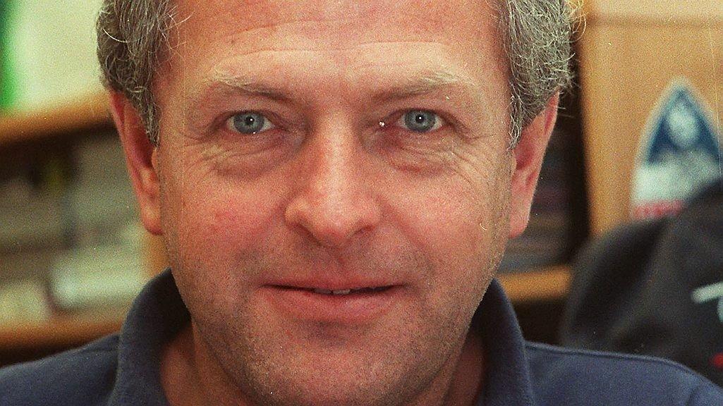 DØD: Den folkekjære sportskommentatoren Sølve Grotmol er død.