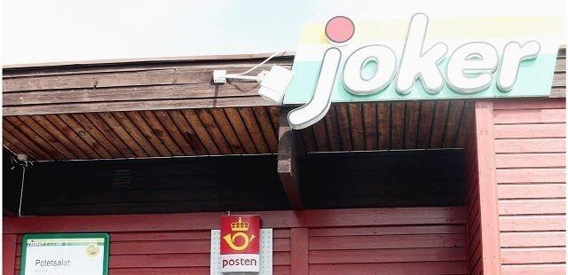 Det var i denne Jokerbutikken på Romsås at svindelen av de tre eldre herrene fant sted. Nå får en 24 år gammel nordstrandsmann ikke drive med post eller bank de neste fem årene.