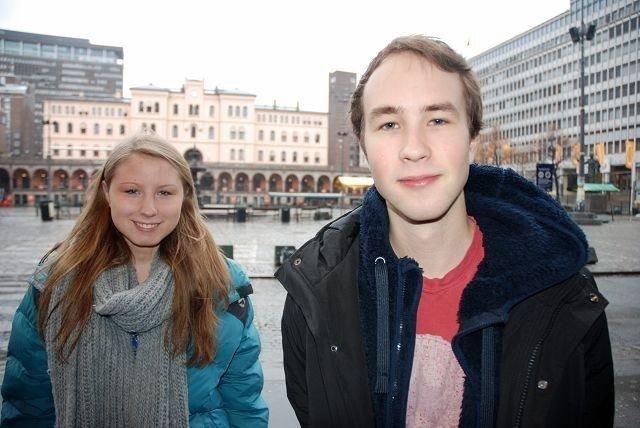 Jenny Tenmann og Emil S Fuglerud oppsøkte fremmede mennesker på trikken under arbeidet med den nå prisbelønte filmen «Stiv Kuling». Foto: Anne Marie Huck Quaye