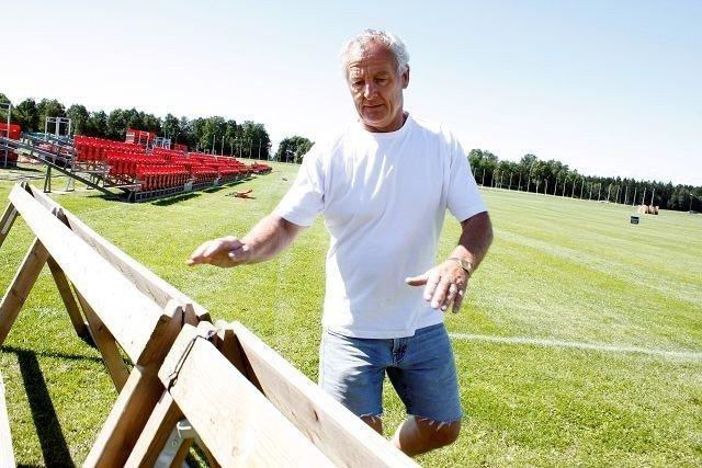 Frank-Otto Kristiansen meldte seg som frivillig Norway Cup-deltaker i 1980. – Her blir jeg så lenge helsa holder, sier han til Nordstrands Blad. Begge foto: Anders Halvorsen