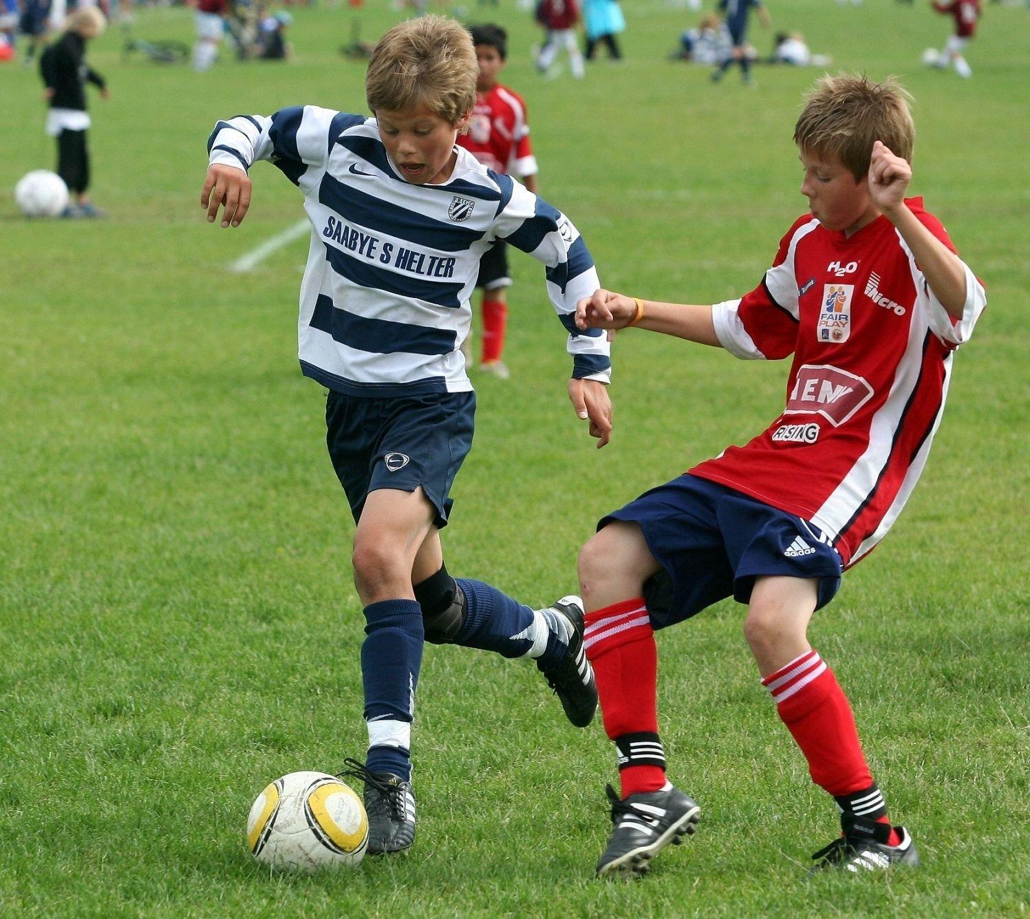 Frigg og Daniel Holm Glad (t.v) overbeviste stort mot Gjerpen i Norway Cup.