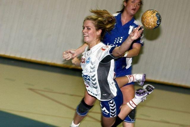 Jenny Osnes Græsholt ble kampens toppscorer med åtte nettkjenninger. Her er kantspilleren i aksjon forrige sesong.