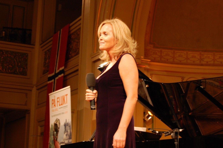 Guri Schanke gledet de fremøtte med vakker sang.