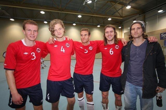 Eirik Jonvik, Thomas Sæther, Stian Sortevik, Carl Erik Torp og Christoffer Dahl spiller til daglig i KFUM.