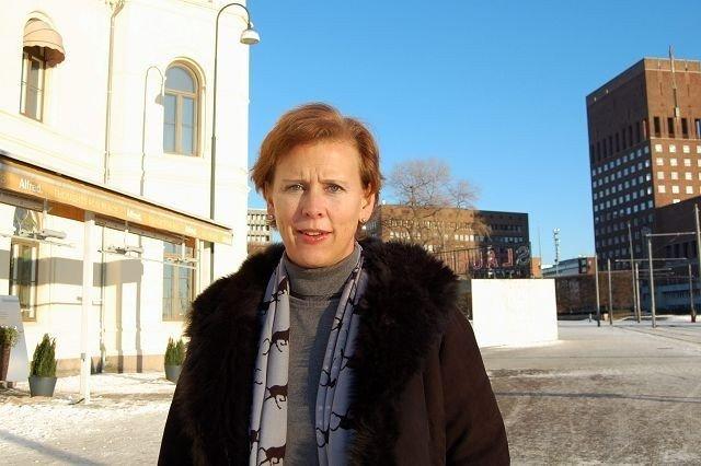 BU-politiker Camilla Wilhelmsen (Frp), ønsker ikke at UD skal få overta den omstridte trekanttomta.