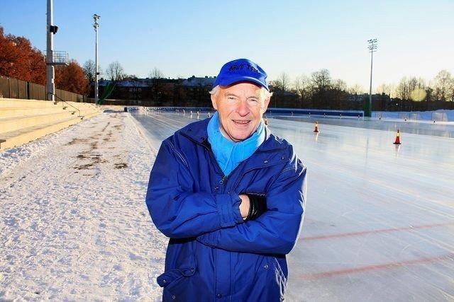 SJEFEN SJØL: Knut Johannesen liker godt at allround-NM skal arrangeres på Frogner stadion. Skøytelegenden har mange gode minner fra anlegget, som ble åpnet for første gang i 1901. Foto: Anders Halvorsen