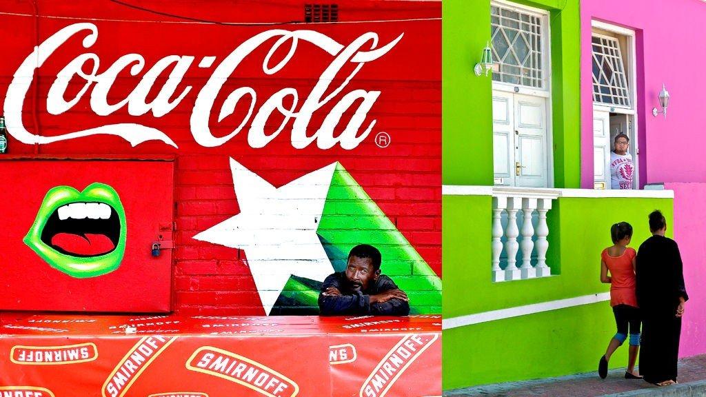 Cape Town er en fargerik by, noe disse to bildene sier litt om. Det ene er fra det etnisk mangfoldige Boo-Kapp-området like utenfor sentrum. Det andre er tatt utenfor en illegal bar (sheheen) i Langa township, et stykke utenfor byen.