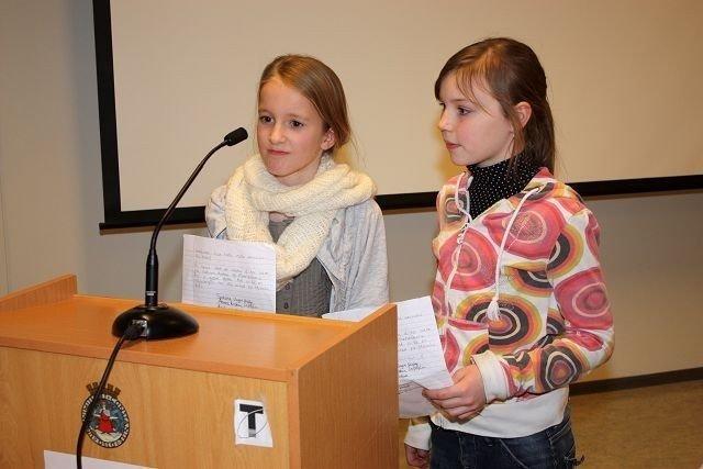Anne Kristine Church Linløkken og Lone Kira Wik var torsdag på talerstolen i bydelsutvalget på Søndre Nordstrand. Bare noen minutter etter at de hadde fremført sitt budskap, ble saken behandlet i BU.