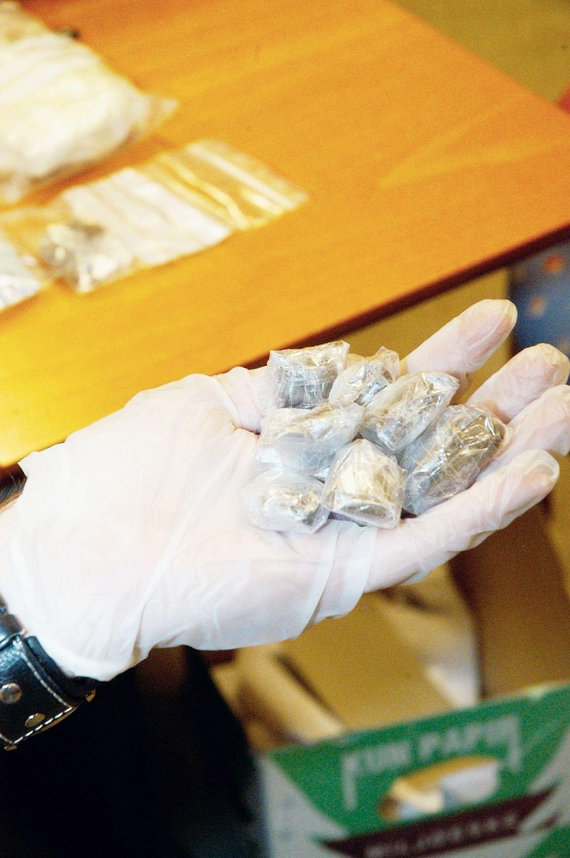 Forfatter av debattinnlegget Vidar Brochs, leder i Norsk Narkotikapolitiforening (NNPF), er ikke enig med tidligere politisjef Iver Stensrud om avkriminalisering av narkotika.