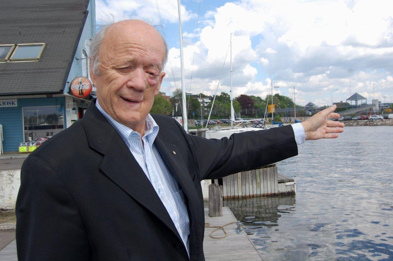 Bydelsutvalgsleder Bjarne Ødegaard vil ikke ha ny cruisehavn på Hjortneskaia, og mener det er alt for dårlig med plass for et så stort prosjekt.