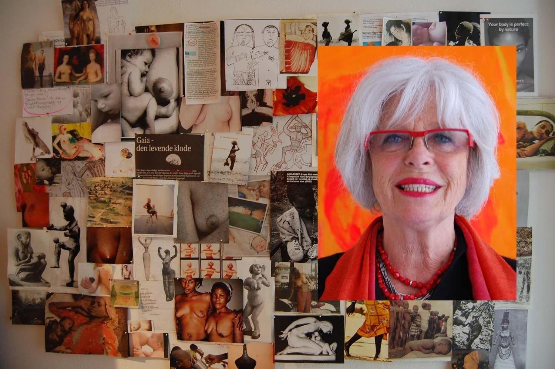 Mai Bente presenterte under utstillingen sin en collage av ekte kvinnebryster og kvinnekropper.