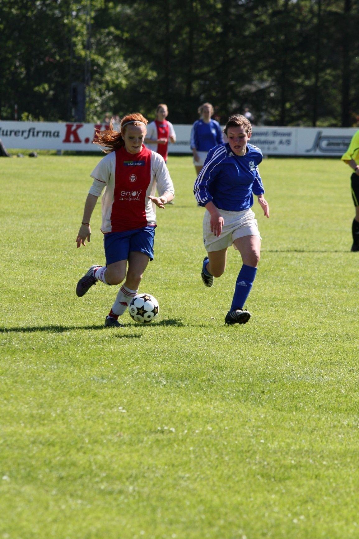 KFUM-spiss Ragna Gjørtz var så nære å score mot Kjelsås, men marginene var ikke helt på KFUM-siden på lørdag.