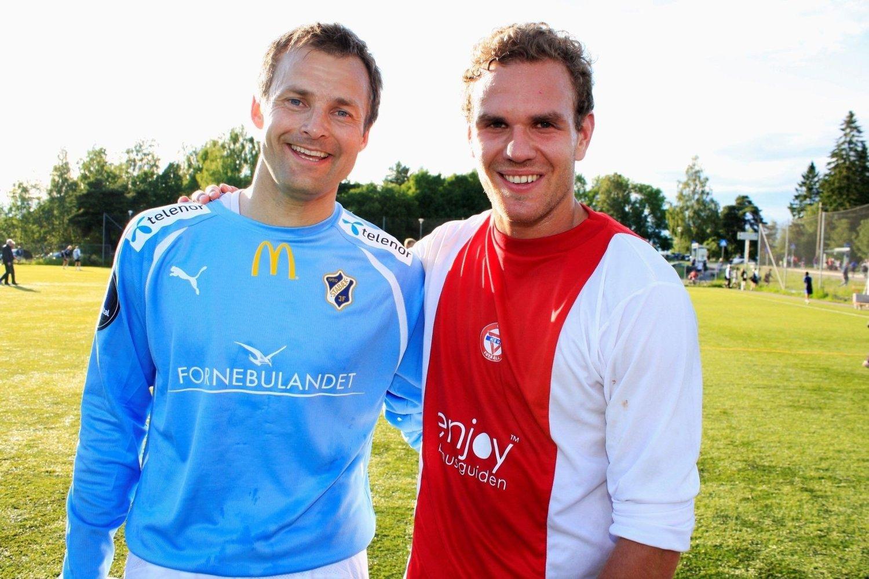 Jon Knudsen (36) og Stian Sortevik (22) barket samme i flere tøffe dueller på KFUM Arena, men etter oppgjøret var de bare gode venner. Kampen endte 0–0.