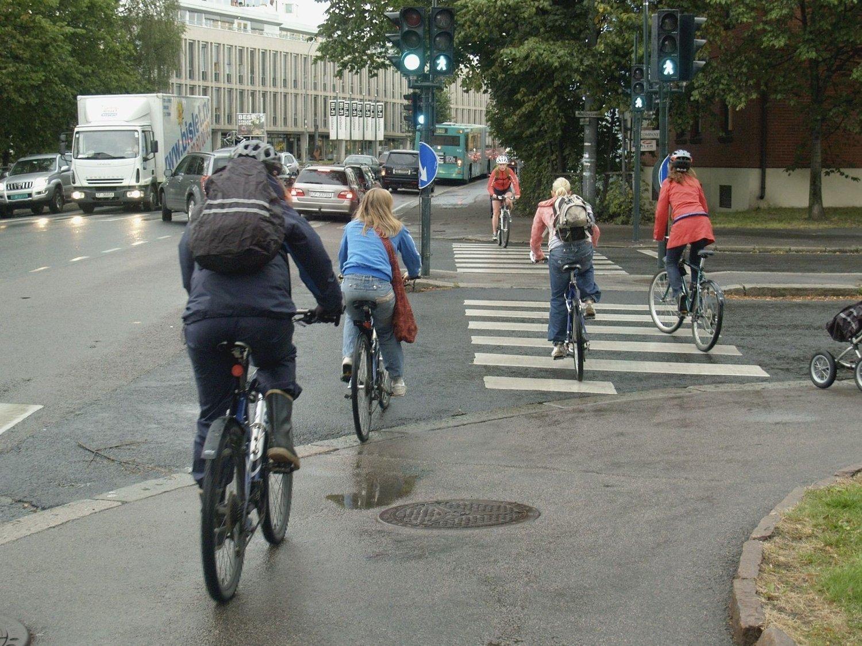 Tohjulingers vilkår i Oslo er stadig debattert. Nå ønsker Høyre/Frp-byrdået en ny gang- og sykkelvei på Ensjø.