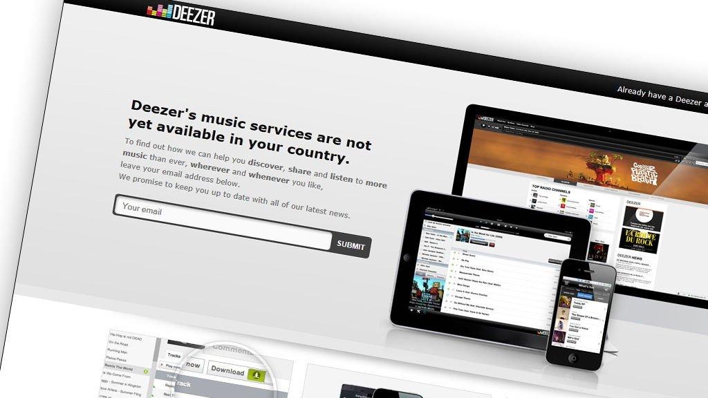«Deezer» er et fransk nettsted/nettsamfunn hvor man kan finne og streame musikk, fullt lovlig. Endel musikk er utilgjengelig for noen av brukerne, siden «Deezer» ikke har gjort avtaler med rettighetsholderne for alle land.