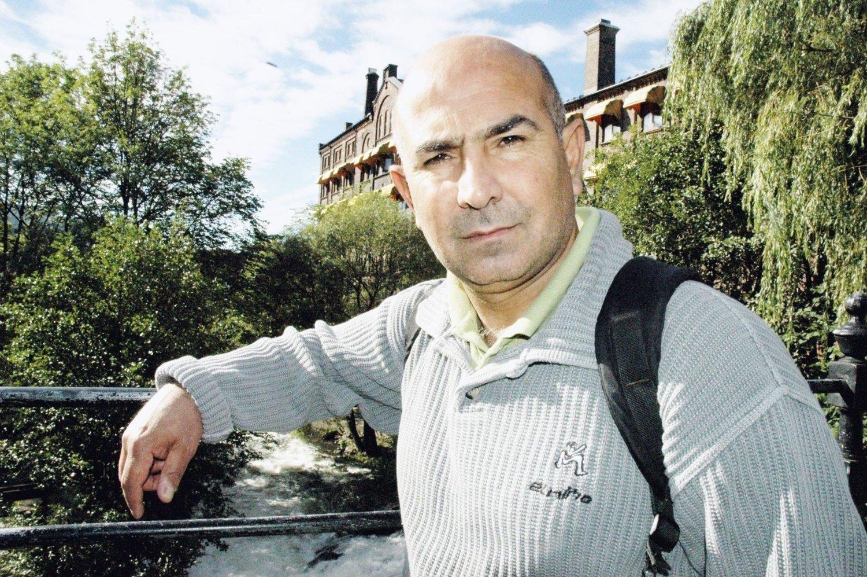 MINORITETSFORDEL: Reza Rezaee (R) er Oslos eneste ordførerkandidat med en annen etnisk bakgrunn enn norsk. Det mener han er en fordel. – Jeg kan nå ut til enda flere av borgerne enn de andre kan.