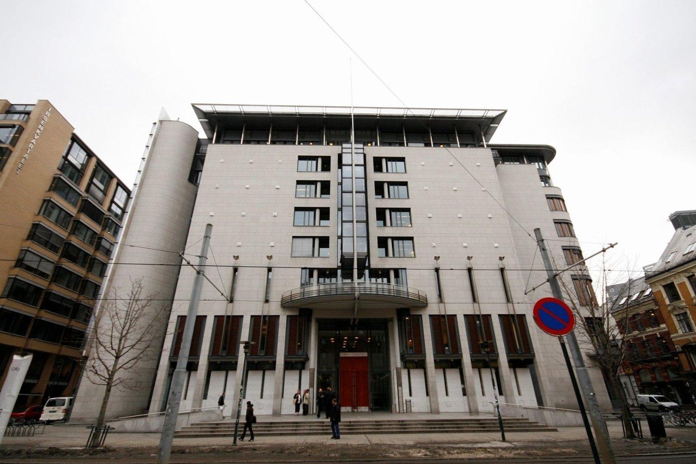 TINGHUSET: En 26 år gammel mann som er utvist fra Schengen er dømt til seks års fengsel for voldtekt. FOTO: Arkiv