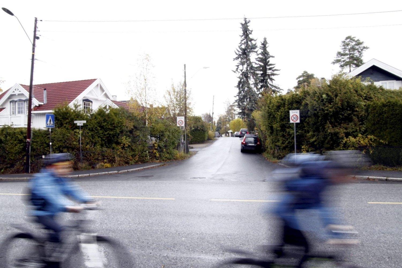 SYKKELFELT: Lokalpolitikerne vil at syklister i fremtiden skal ledes fra Nordstrandveien, inn Postdamveien. Foto: Øystein Dahl Johansen
