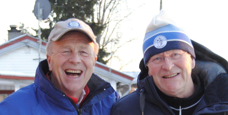 Brødrene Morten og Tom Pettersen har drevet med dugnadsarbeid i 40 år og holder gjerne på i 100 år til!