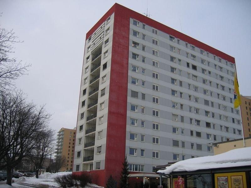 Denne blokka på Refstad inneholder flere kommunale boliger. Nå skal det komme flere over hele byen.