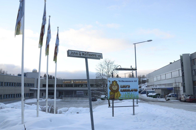 ULSRUD: Det er snuplassen innerst i denne veien på Ulsrud, ved Leos lekeland, Østmarka skole og Adventkirken, at det nå blir forbudt å parkere.