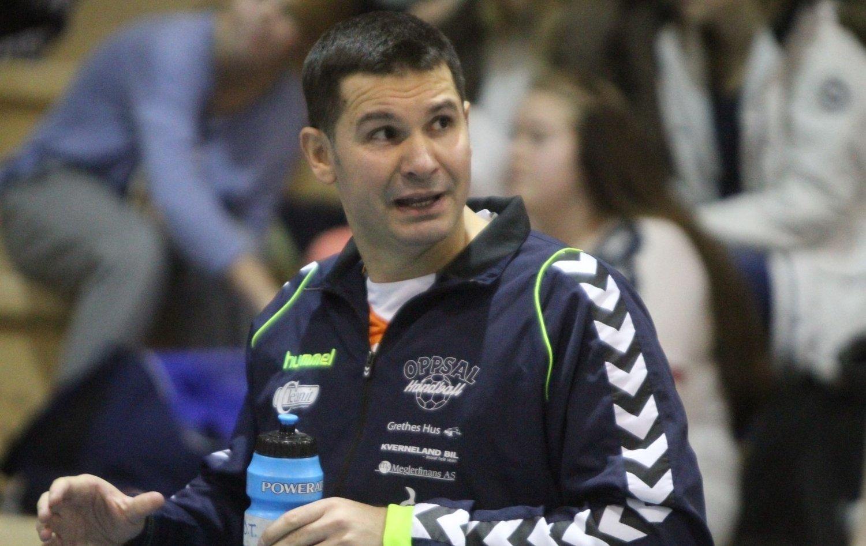 TIL SLUTTSPILL: Trener Djordje Teodorovics mål er å ta Oppsal til sluttspillet. For å klare det må laget spille seg opp til åttendeplass på tabellen.