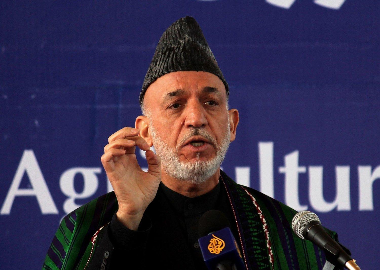 Afghanistans president Hamid Karzai må for første gang gi fra seg sin rolle som leder av landet. Hans åtte-års periode er over. 30 000 000 innbyggere venter spent på resultatene 5. april.