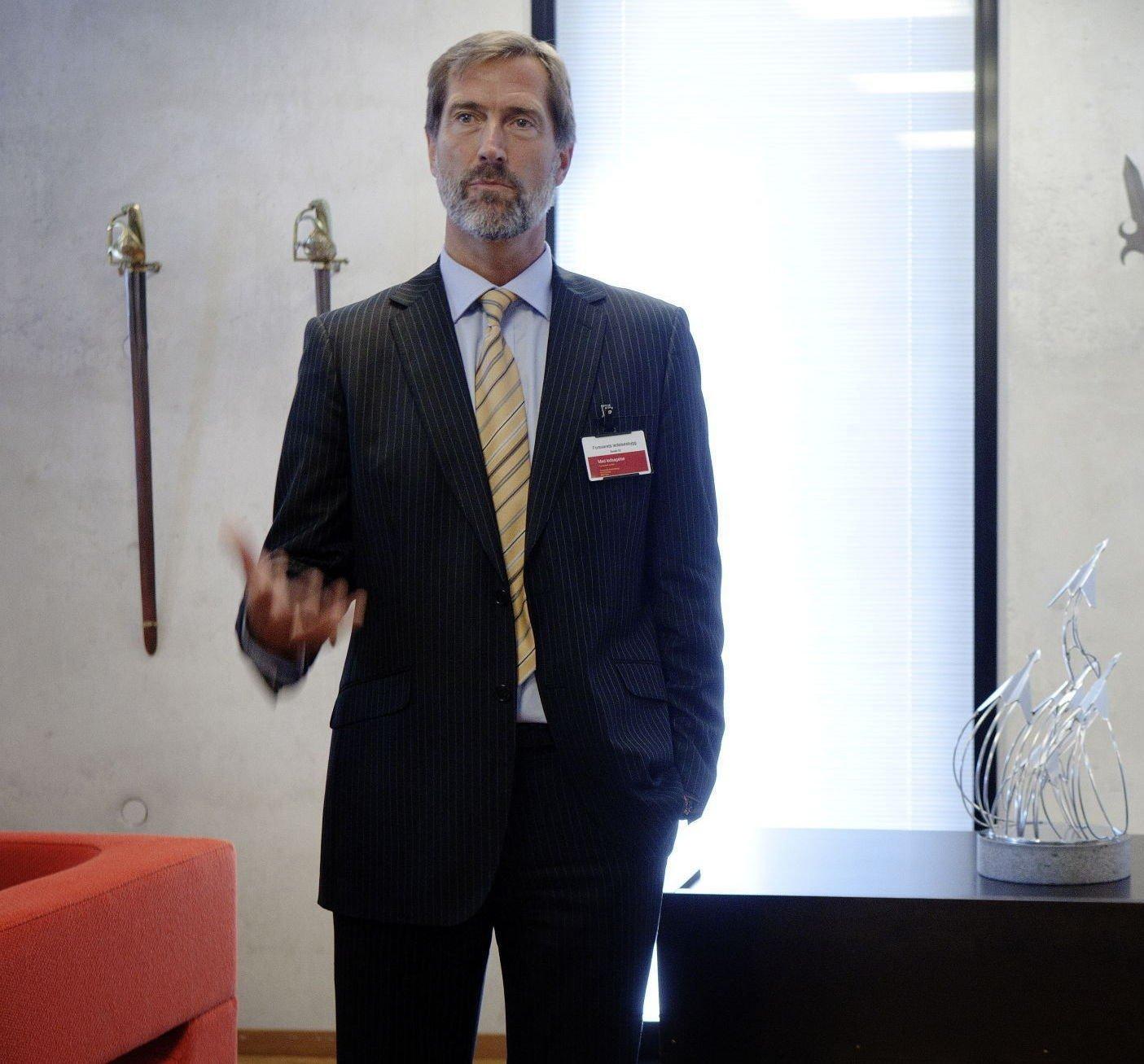 Walter Qvam er konsernsjef i Kongsberg Gruppen. Han ble utnevnt i stillingen i 2008, altså etter at kontraktene i Romania ble inngått.