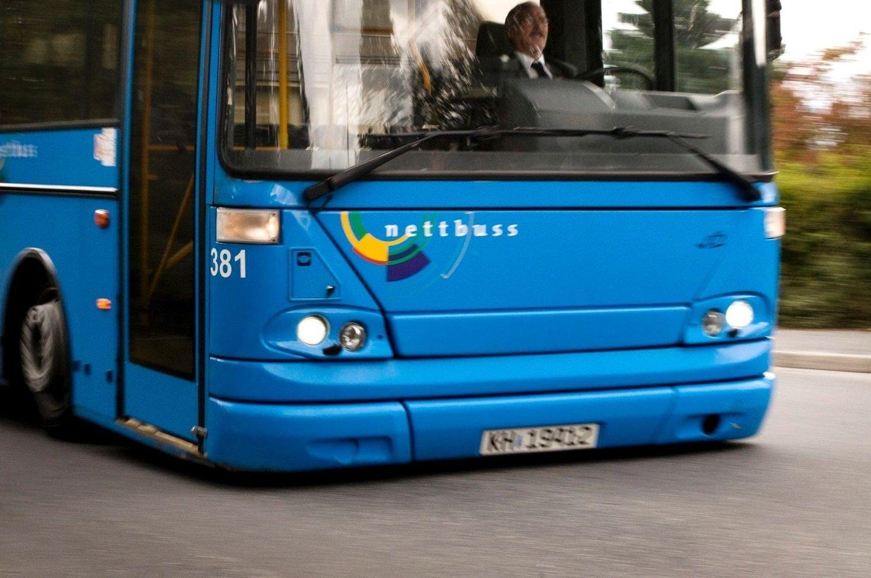 Mange ønsker å bli bussjåfør i Drammen. Ti nye bussjåfører skal ansettes i Nettbuss.