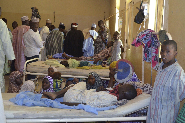 I forrige uke ble 98 mennesker drept idet ytterliggående islamister i Boko Haram gikk til angrep på en landsby i delstaten Borno. Angrepet var spesielt rettet mot landsbyens skole og boligen til en tradisjonell høvding. Sårede ble lagt inn på dette sykehuset i byen Bama.