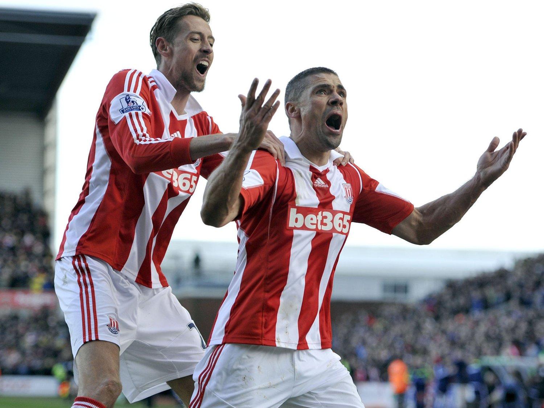 STRAFFESCORING: Stoke Citys Jonathan Walters scoret kampens eneste mål. Det kom på et straffespark i den andre omgangen.