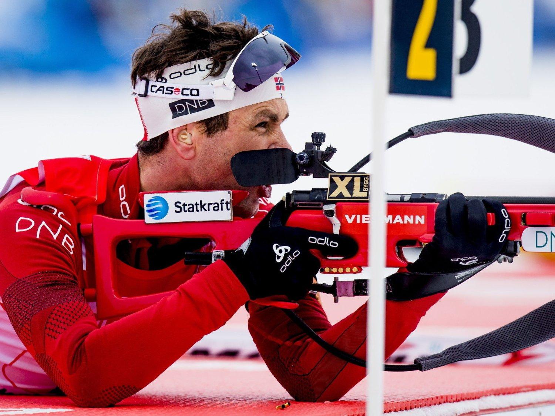 PÅ PALLEN: Ole Einar Bjørndalen gikk seg inn på pallen under jaktstarten i slovenske Pokljuka.