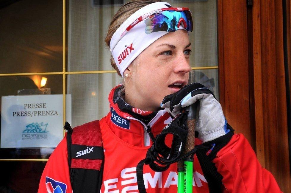 Astrid Uhrenholdt Jacobsen krasjet ut av tremila i Holmenkollen lørdag.