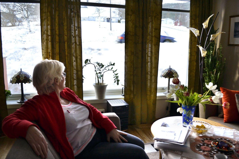 Altanen var en av grunnene til at Inger-Mari Johansen valgte å kjøpe leiligheten. - Den er ikke i bruk. Den blir nedstøvet av trafikk, og folk går så nært at jeg kunne ha gitt dem en kopp kaffe over gelenderet.