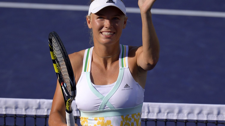 Den danske tennisyndlingen Caroline Wozniacki tok nok en knusende seier i Miami-turneringen mandag. Varvara Lepchenko ble banket 6-0, 6-1 i fjerde runde.