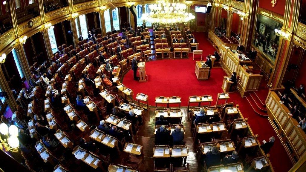 Det er flertall på Stortinget for å fjerne foreldelsesfristen for incest-, draps- og seksualforbrytelser.